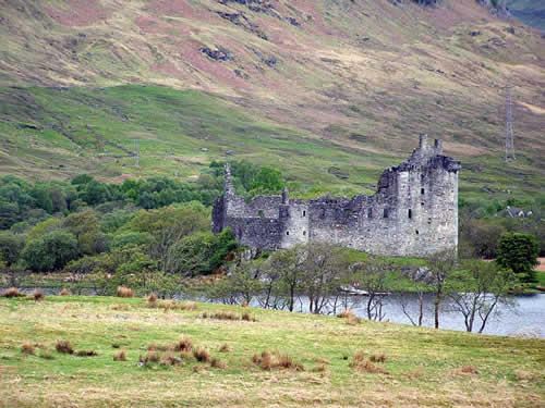 Kilchurn Castle on the banks of Loch Awe, Scotland